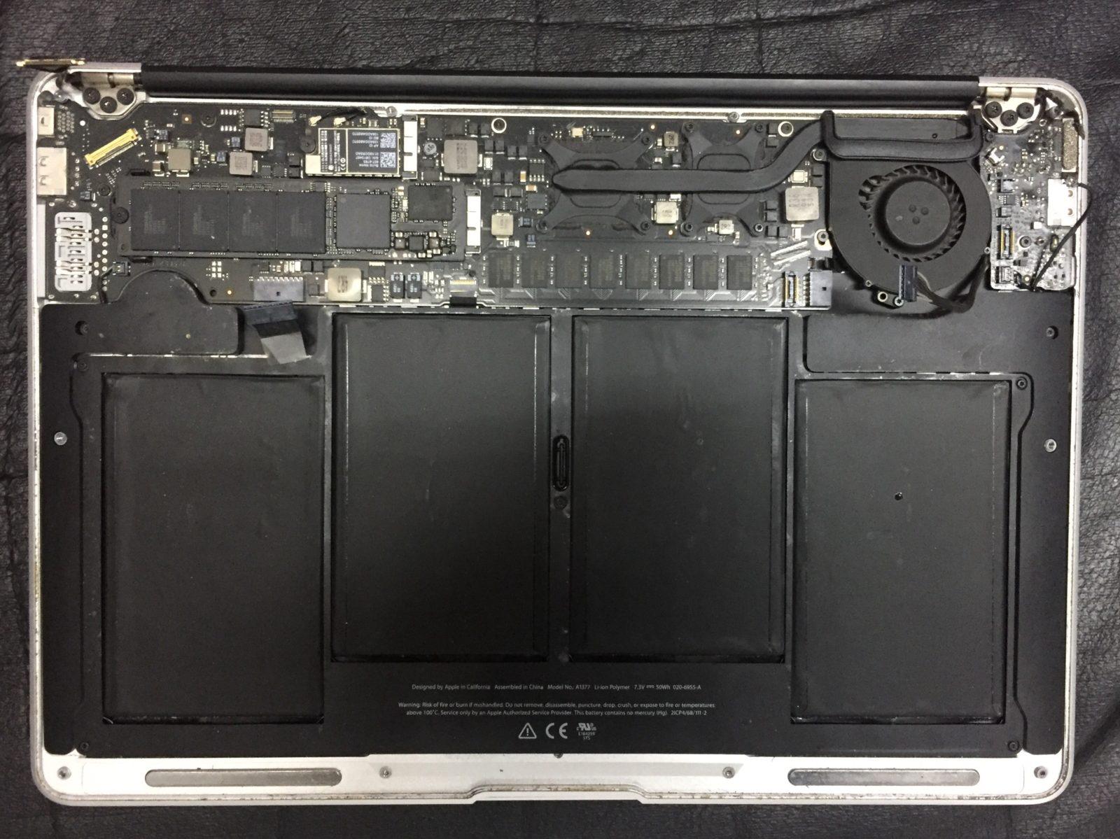 Ремонт Macbook Air. Замена матрицы и термопасты