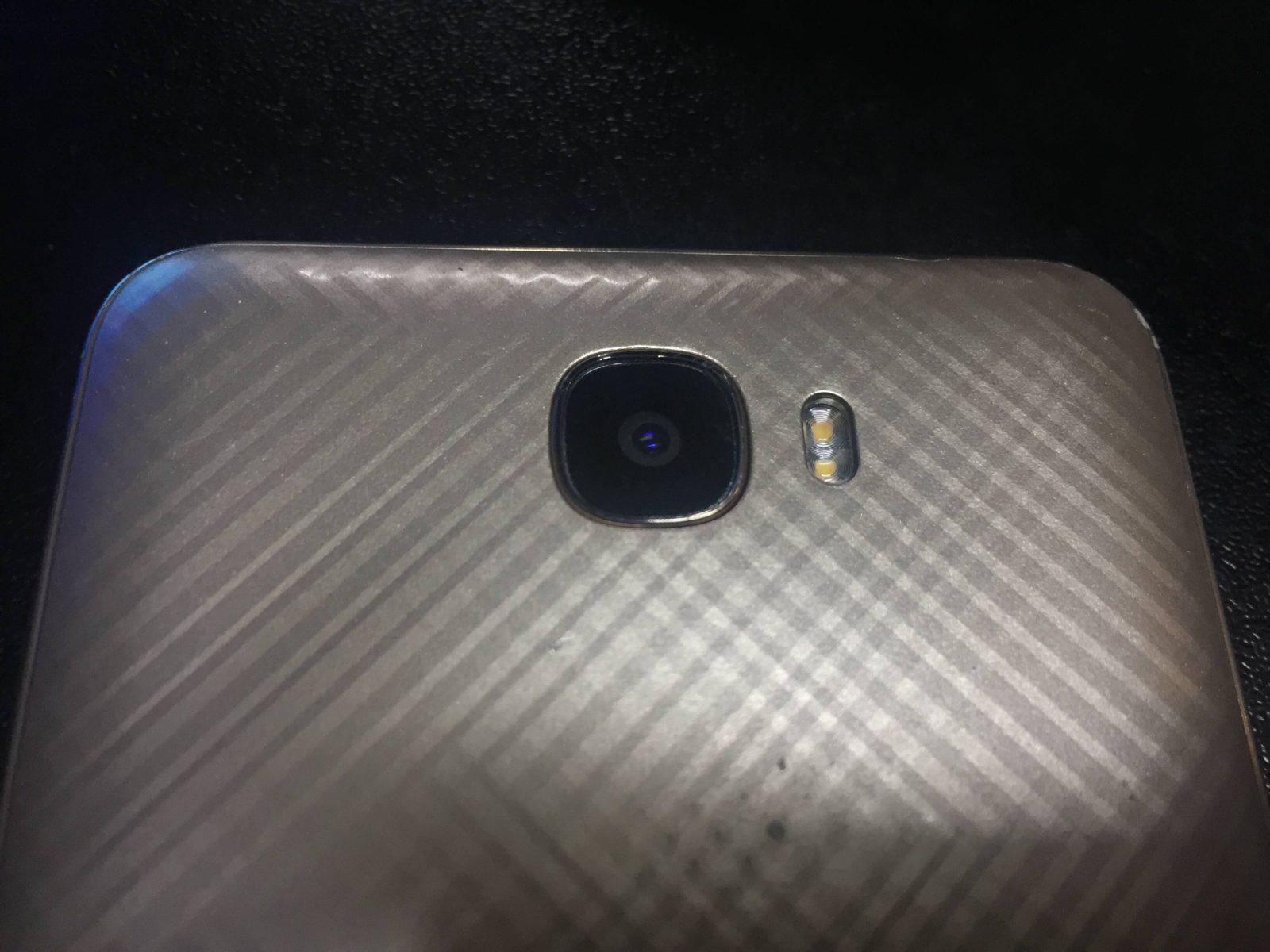 Треснуло стекло камеры Huawei Honor 5a. Подбираем аналог.