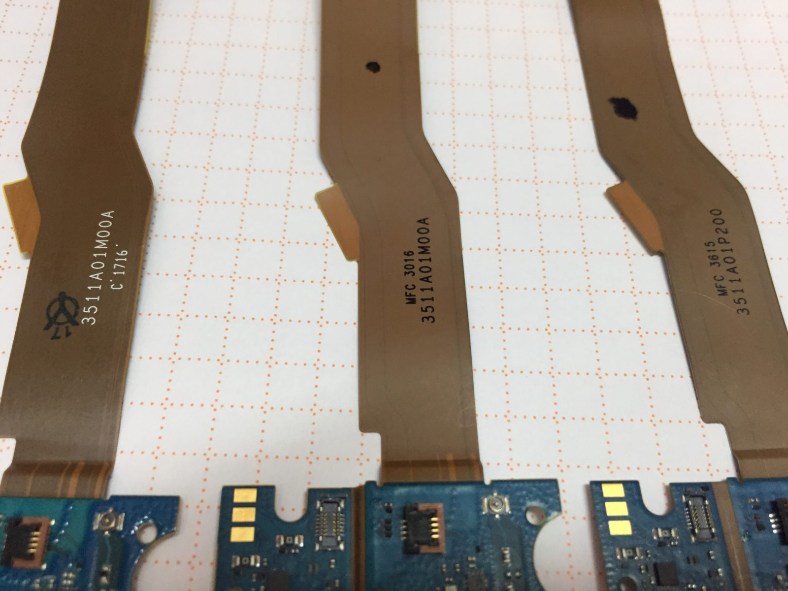Xiaomi Mi5 не работает отпечаток после замены шлейфа с гнездом зарядки.