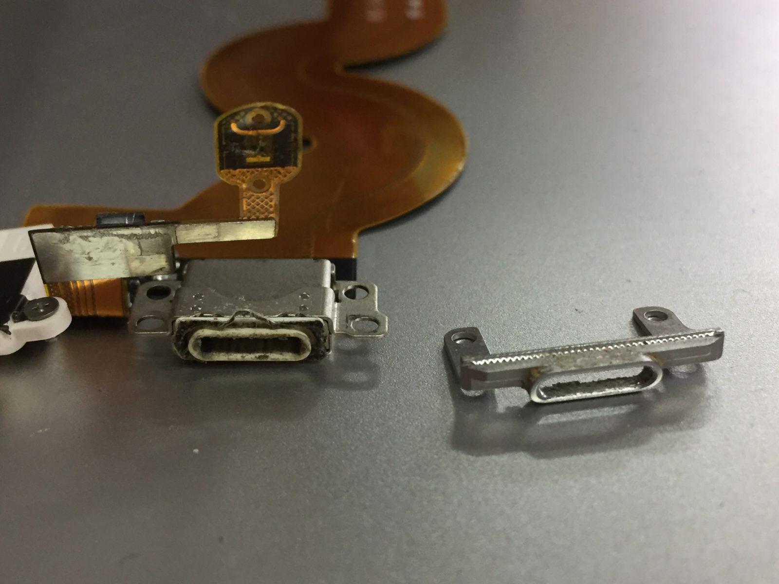 iPod Touch 5 - не заряжается. Разборка, ремонт и замена шлейфа
