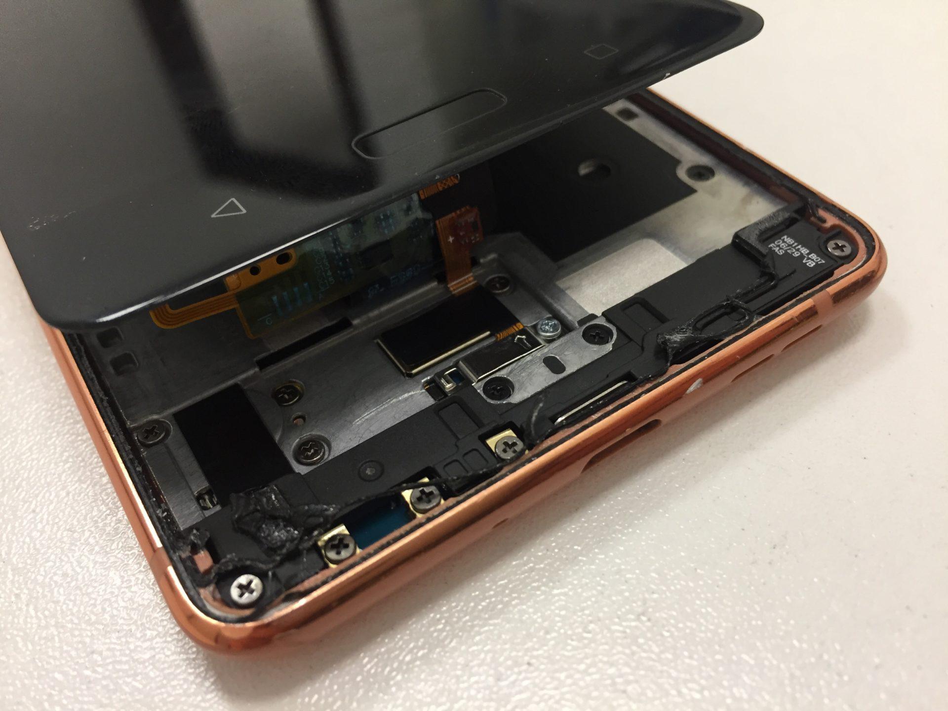 Nokia 8 TA-1004 - поменять стекло/дисплей