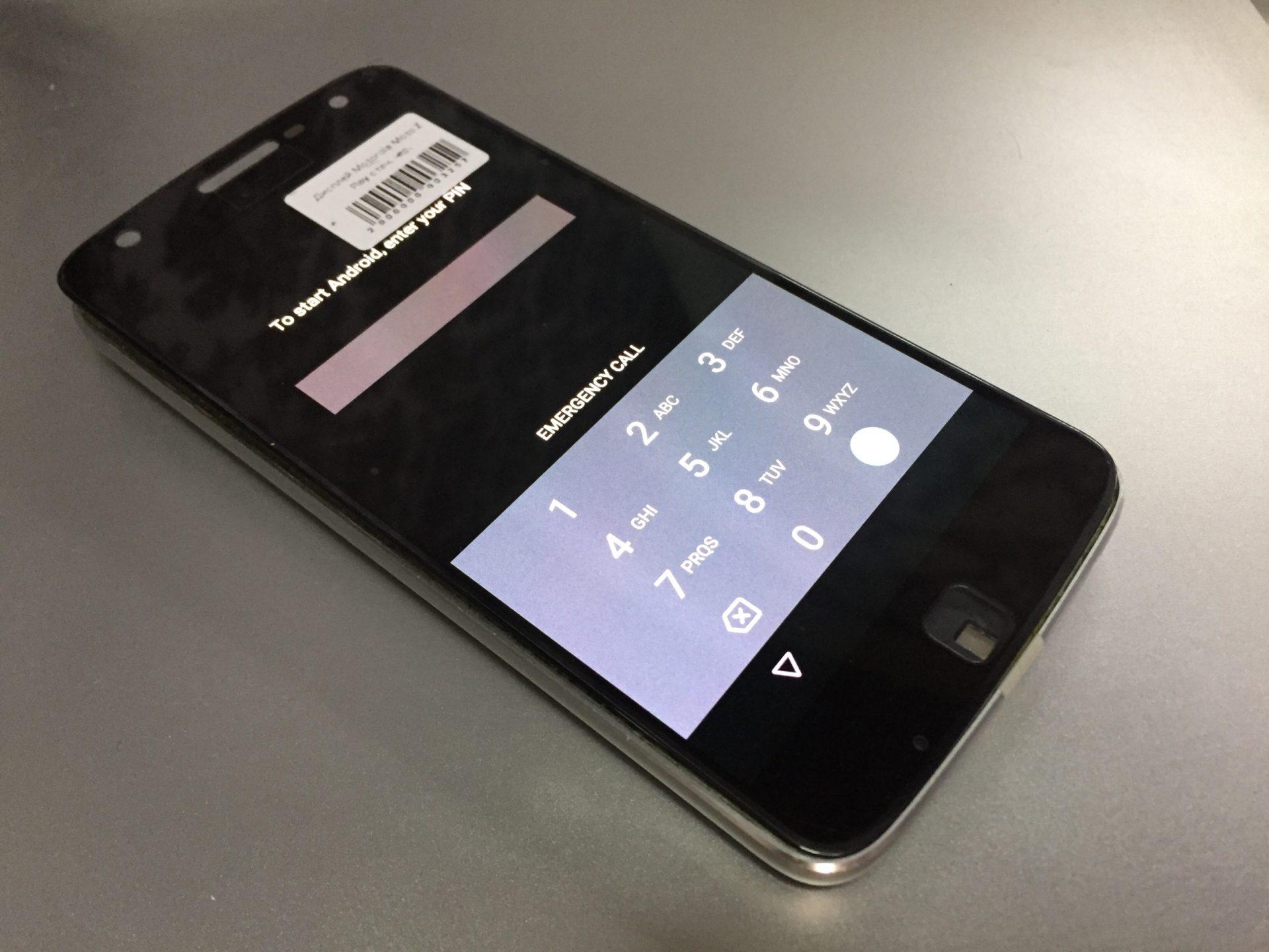 Moto Z Play XT 1635 - разборка и замена дисплея в картинках