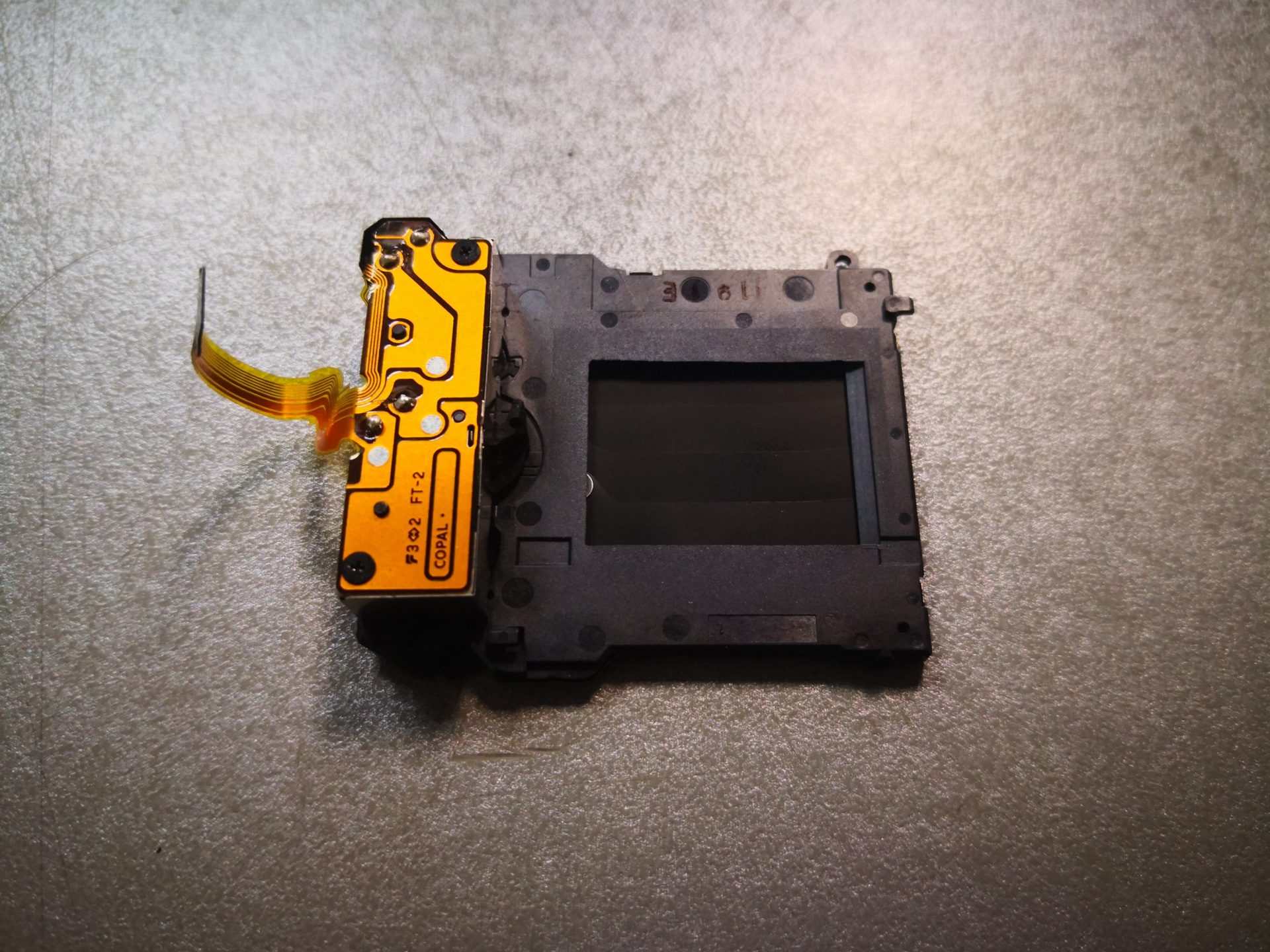 Sony Alpha SLT-A58 - сломался затвор - замена