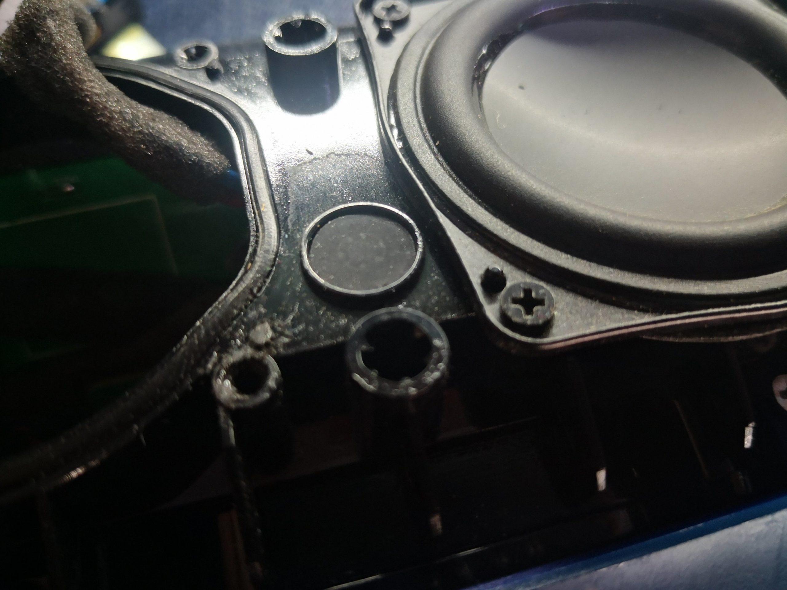 Динамик на JBL Charge 3 стал хрипеть - замена динамика